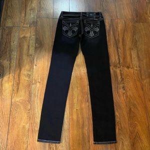 Gorgeous Miss Me dark wash skinny jeans, like new